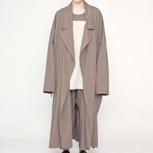 WIDE LONG COAT_BEIGE