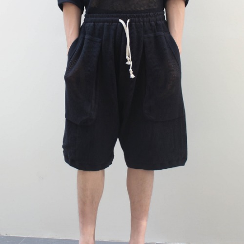 DOUBLE LAYER MESH SHORTS_BLACK