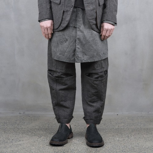 TROUSERS_GREY