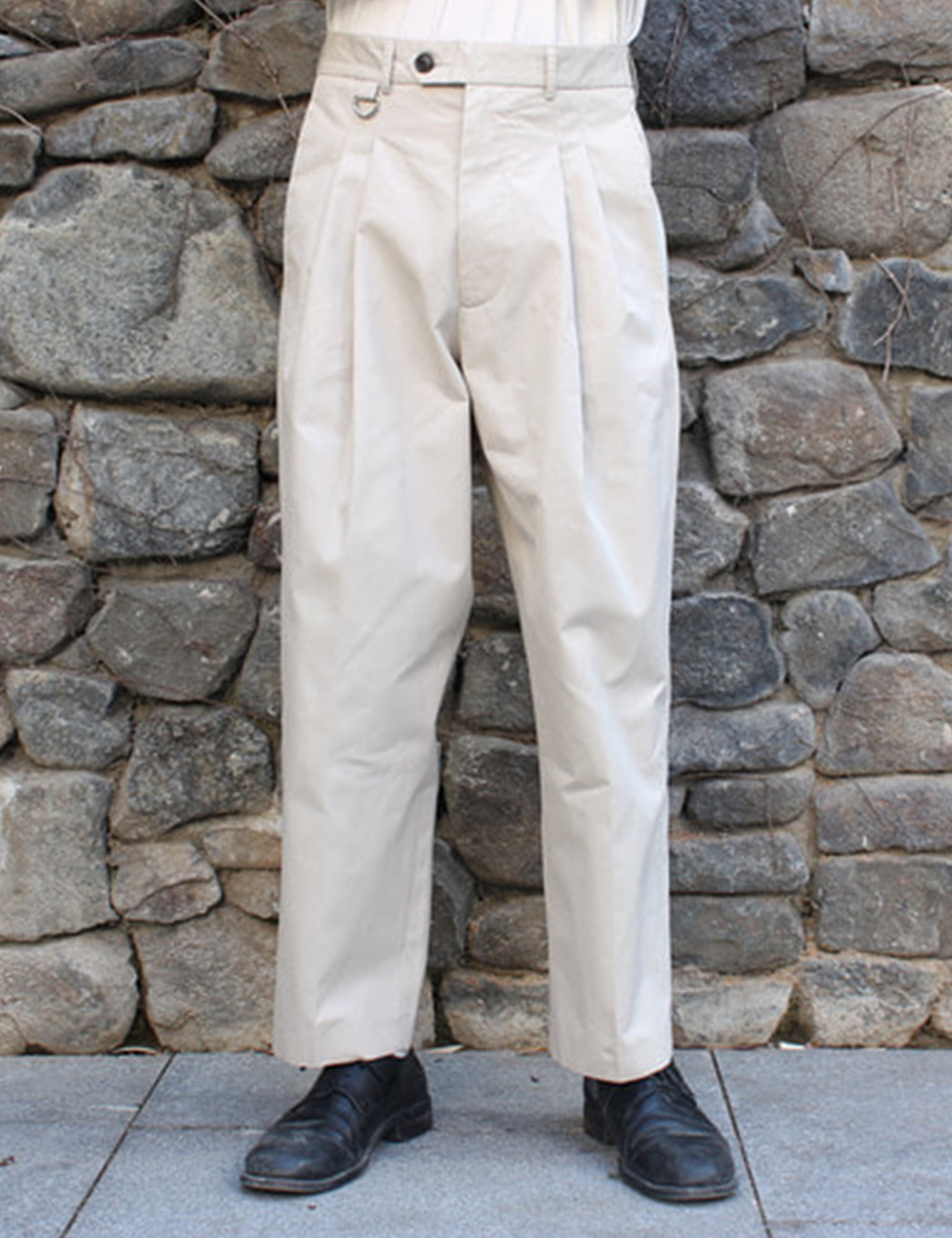 DOUBLE PLEATED WIDE PANTS_OFF WHITE
