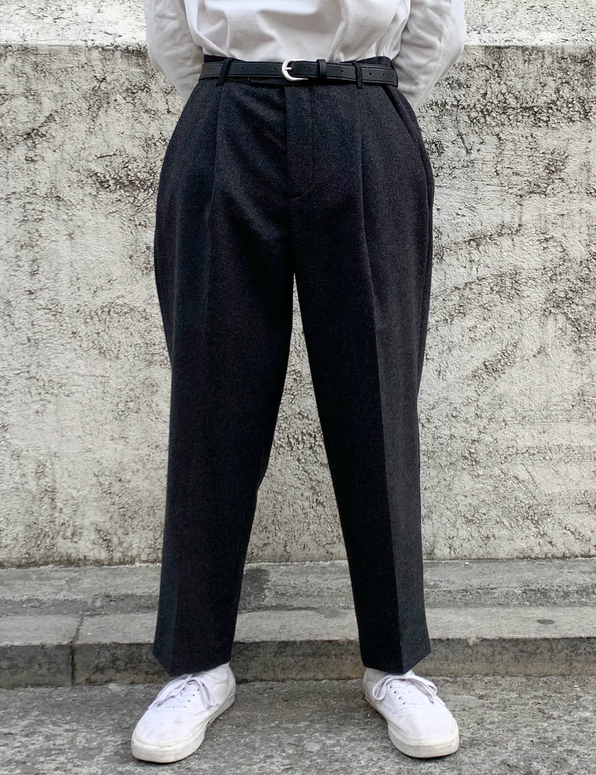 PLEATED WIDE TROUSERS_DARK GREY