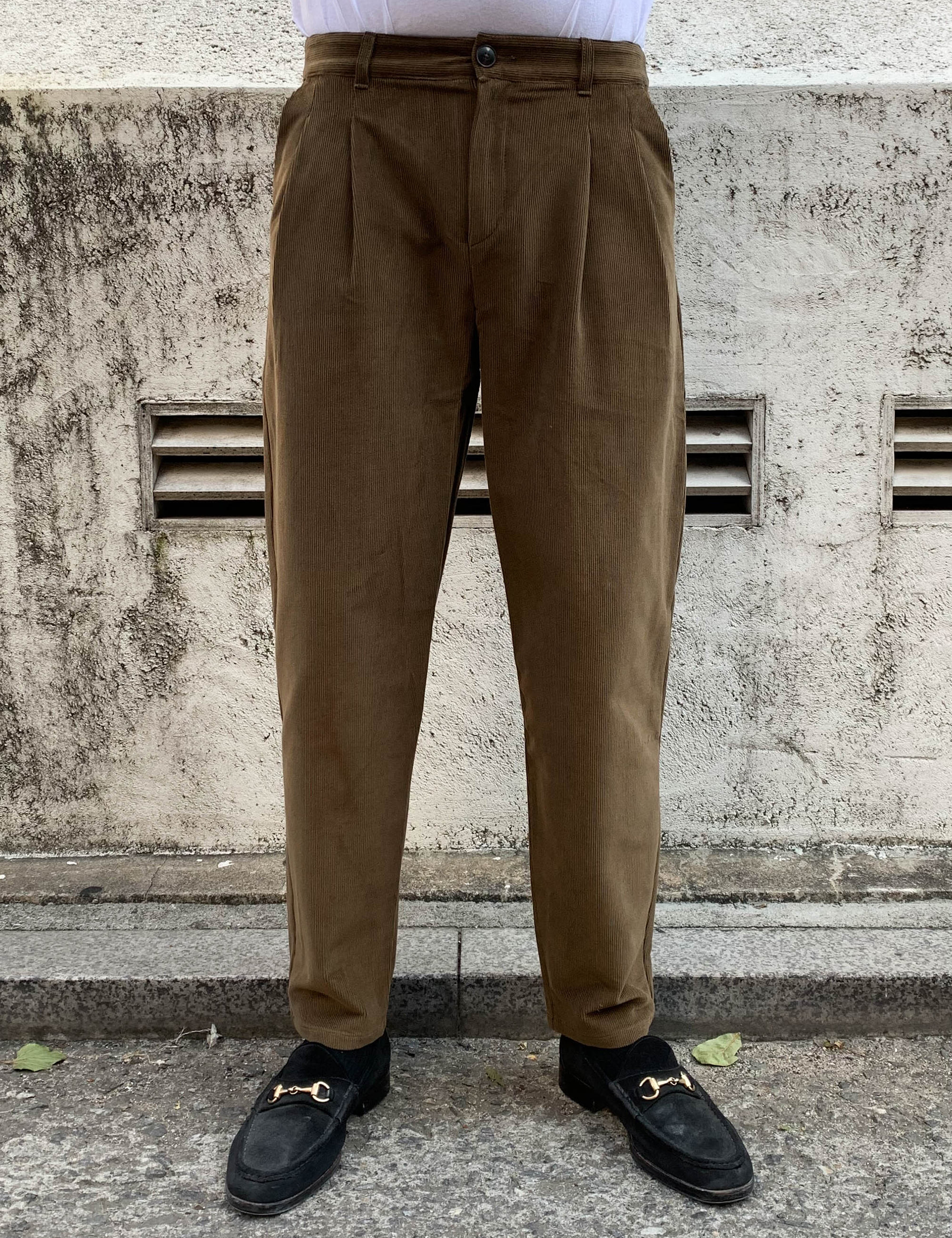 PLEATED WIDE TROUSERS_WALNUT CORD