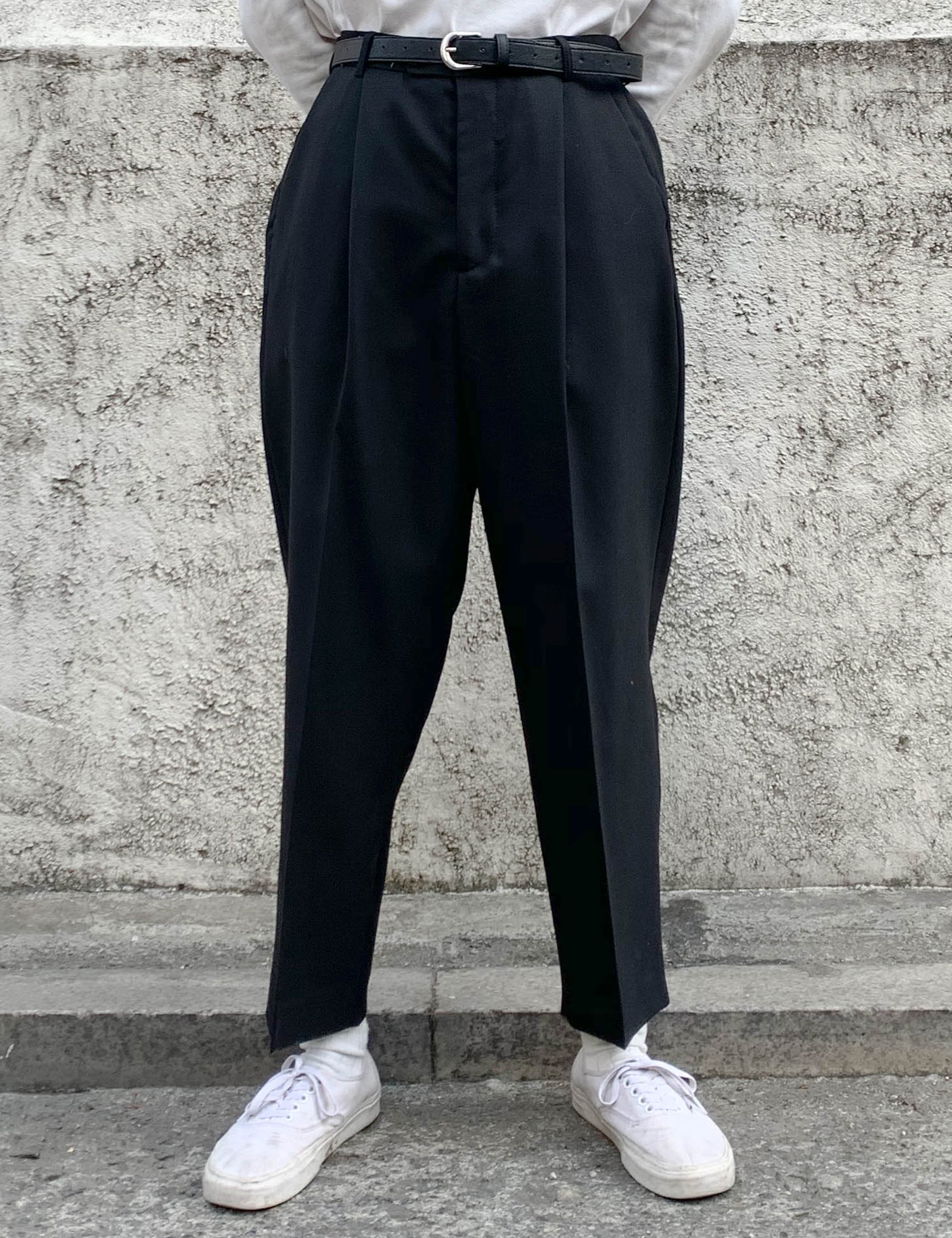 PLEATED WIDE TROUSERS_BLACK